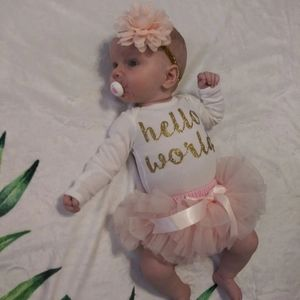 """NB """"Hello world"""" 3 piece take home outfit"""